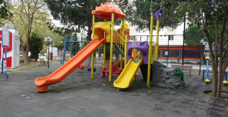 Aydın'da Parklar ve sokaklar boş kaldı