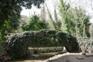 500 yıllık tarihi köprü göz kamaştırıyor