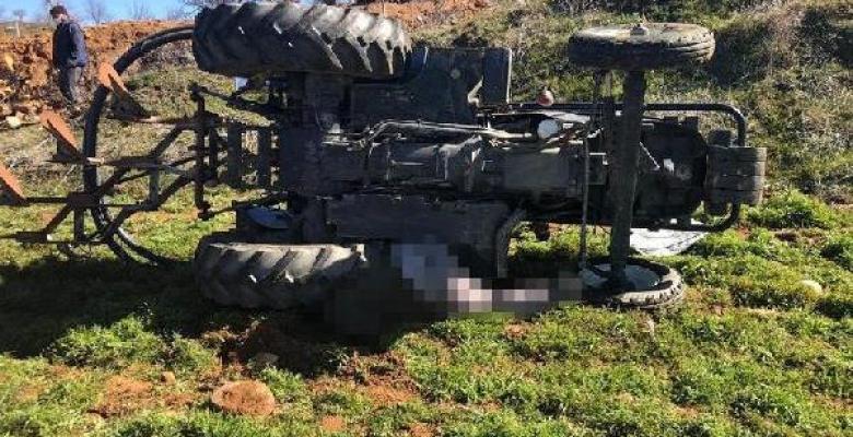 Traktör devrildi 1 ölü 1 yaralı