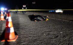 Karayolunda feci kaza, 200 metre sürüklenerek can verdi