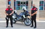 Emniyette ikiz polisler başarıyla görev yapıyor