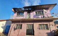 Çatıda çıkan yangın büyümeden söndürüldü