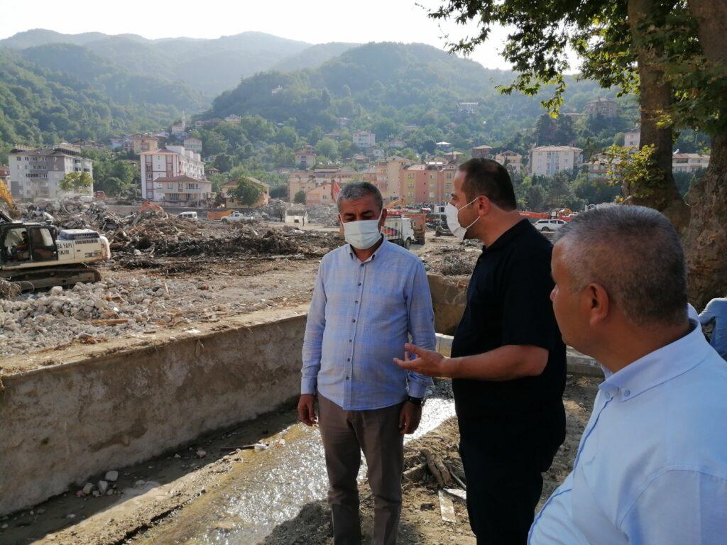 Nedim Kaplan, afet bölgesini ziyaret etti