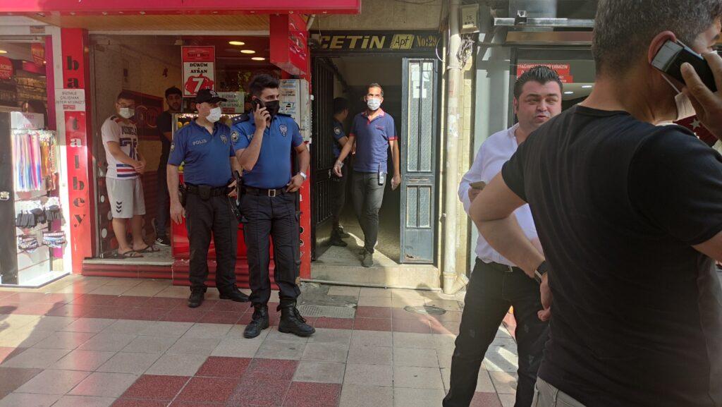 Polisten uyuşturucu operasyonu 10 gözaltı