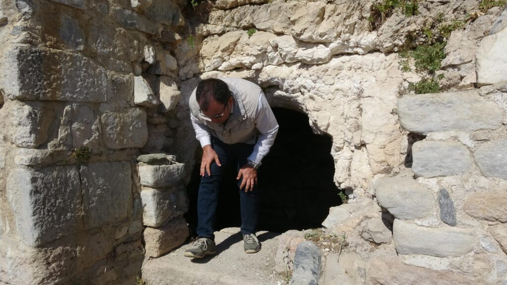 2400 yıllık su mağarası turizme açıldı